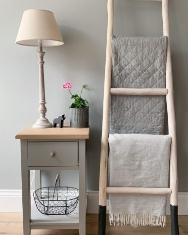 peartreecottagelife-chester-bedside-1-964x1024-7760957