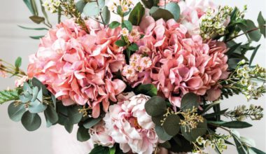cotswold_company_pink_faux_flowers