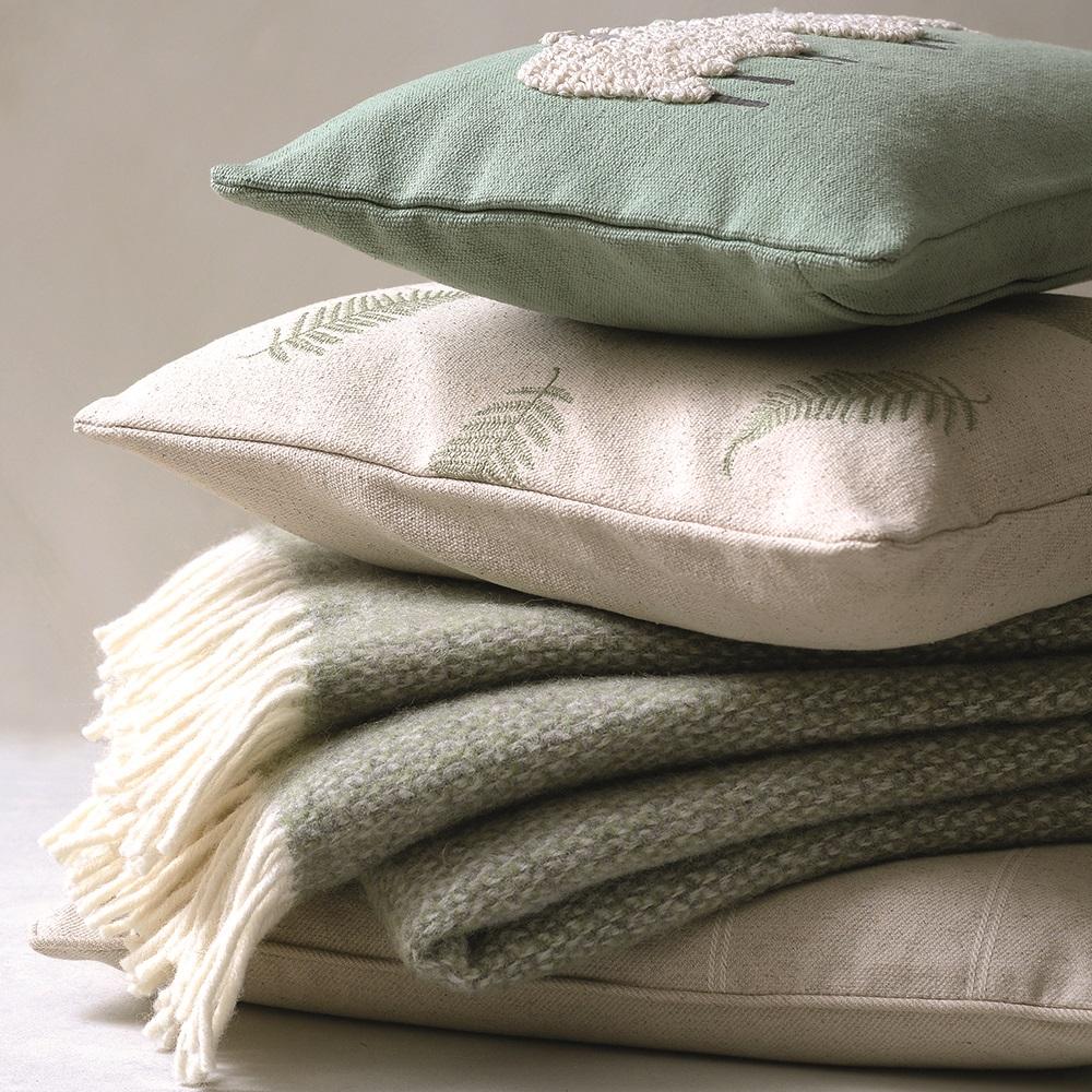 905-152-cushion-stack