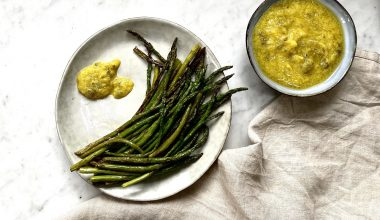 asparagus-with-spring-dip