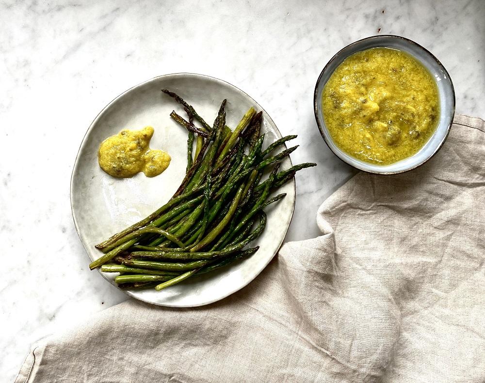 asparagus-with-spring-dip