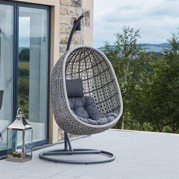 frampton_rattan_hanging_egg_chair