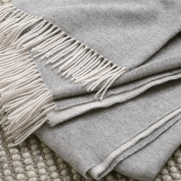 guest-bedroom-home-accessories-grey-cashmere-throw