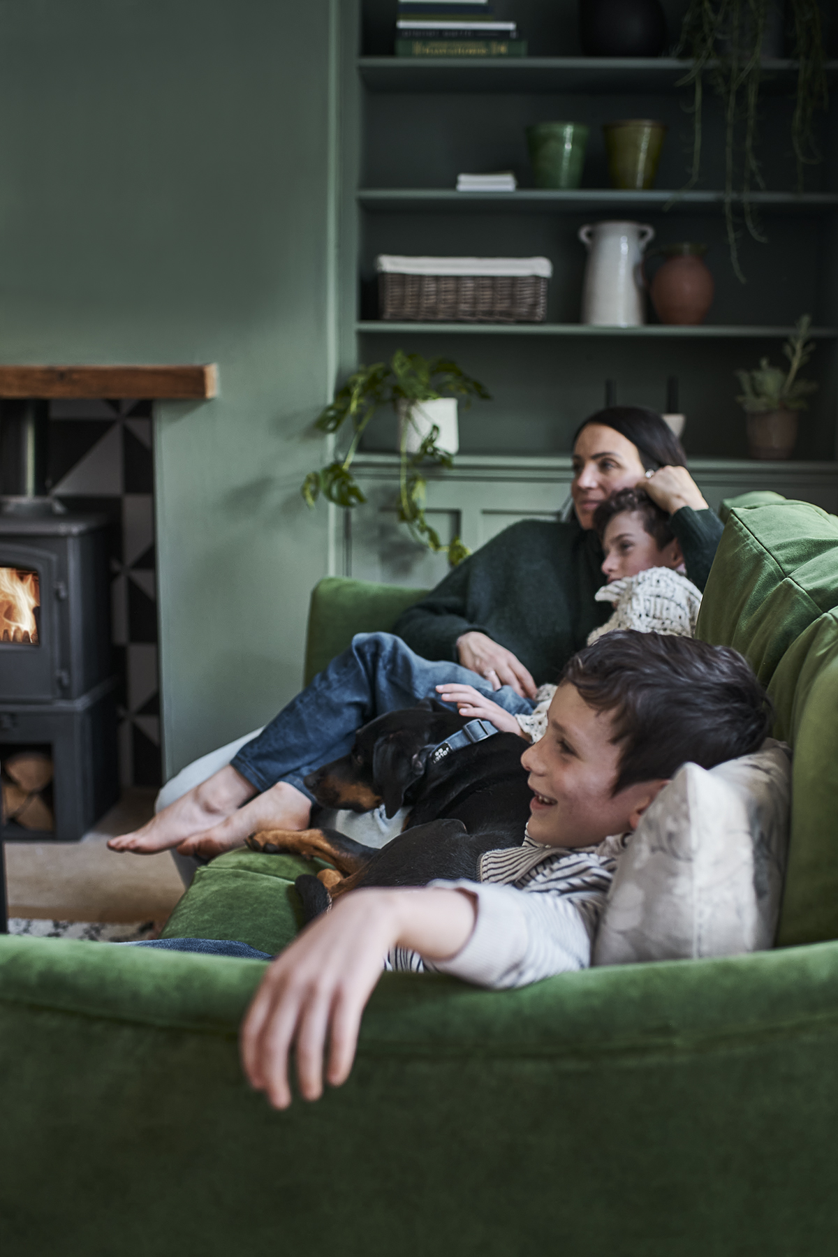 Jennifer Rothbury family home - A cosy family space featuring new cushions